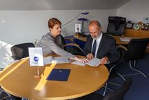 Sport Transfer partnerem EHF / Sport Transfer został partnerem Europejskiego Związku Piłki Ręcznej, podpisanie umowy nastąpiło w Wiedniu 14-11-2014r