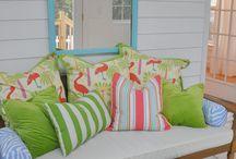 Beach House Interiors / #kidsroom #kidswallpaper #kidsdecor #coastal #coastaldecor #seagull #wallpaper #beachhouse #seaside #interiordesign #coastalhome #beachcottage #beachhut #interiordesign #coastalwallpaper