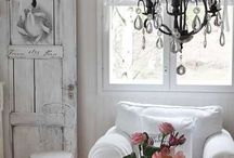 WHITE ROOMS / Room designs