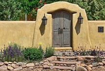 Santa Fe Style / Beautiful homes inspired by the Southwestern style in Santa Fe, NM.