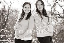 Sister maternity photo ideas