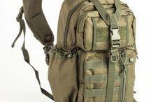 Hátizsákok, táskák / Kis és nagyméretű hátizsákok túrázni kirándulni és utcai viseltre is. Terepmintás hátizsákok, katonai hátizsákok és válltáskák nagy választékban. Övtáskák, málhazsákok, tartók és tokok.