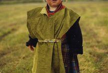 Scottish- Highlander 'aye' / Scots, highlanders kilts