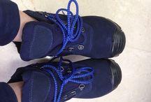Sepatu Safety Shoes President Ankle Boot Suede 2238 / Sepatu safety untuk kalangan profesional. Terbuat dari Kulit kualitas terbaik, ini adalah pendamping sempurna untuk para pekerja dan pengendara yang aktif. Lindungi selalu diri Anda dengan sepatu safety terpercaya. Sangat cocok digunakan oleh Anda yang bekerja di Proyek, Lab, Kitchen, pabrik. Lets Move!