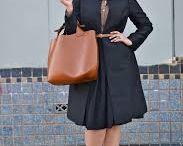 яблоко / К.Латифа на фото 2012 на шоу Девида Аетермана в вечернем платье - недостаточно плотный трикотаж,а впереди вертикальная деталь,неплохо удлиняет,но и привлекает внимание в области живота. Мелисса Маккартни одна из любимых актрис и хотелось бы разобраться: у нее на мой взгляд фигура- яблоко,но с полными икрами,хотя относительно её роста и в сравнении с Латифой, то вполне стройные. Она грамотно переносит внимание на верх с помощью пышных причесок и украшений,носит брюки зауженные до колена.