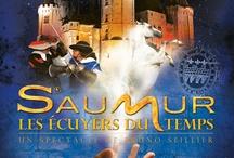 """Saumur : Les Ecuyers du Temps /  Nouveau spectacle Son&Lumière """"Saumur, Les Ecuyers du Temps""""."""
