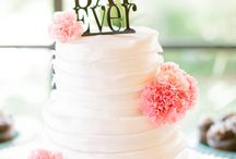 wedding cakes / by Jessica Jacobson