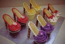 Creative Cakes / Decorated Cakes