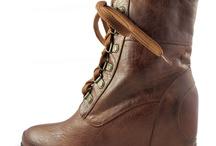 Heels, boots, flatshoes, sneakers / Shoess