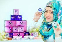 Aura Glow Magic Cream Perawatan Wajah / Aura Glow merupakan sebuah inovasi yang hadir untuk merawat kulit wajah anda. Sangat aman digunakan baik oleh ibu hamil maupun ibu menyusui dan telah mendapat ijin BPOM hubungi kami di 087886746162 / PIN BB 291DFA77
