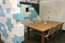 Separadores y muros desmontables / Divisiones verticales de espacios modulables y desmontables, usando el sistema constructivo