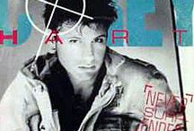♫ Never Give Up / feel good songs with lyrics about never giving up