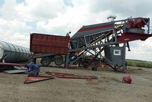 Demirstar Makina Beton Santralleri / Mobil beton santrali imalatı ve satışı üzerinde hizmet veren firmamız, Ar-Ge alanında varettiği çalışma şeması sonucunda imalatını yaptığı yeni nesil beton santrali makinelerini son teknoloji ile harmanlayıp görücüye sunmaktadır.