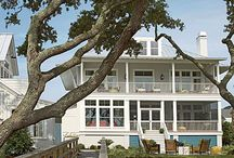 Coastal Living Inspiration / Inspiring Homes, Rooms and Ideas for Beach Living or Just Living it Up at the Beach