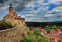 Tourisme : Plus beaux villages de France en Auvergne / « Plus Beaux Villages de France » : un label d'excellence, marqueur reconnu d'une destination touristique de qualité, l'Auvergne.