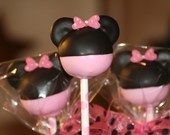Cakepops, Cakes and Cupcakes / by Sara Cook Philpott