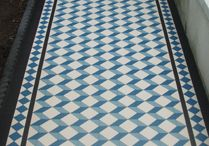 >> FLOORS / BÖDEN << / Find inspiration for the design of the floors in your home.   Die schönsten Beispiele für die Gestaltung der Böden in Eurem Zuhause.
