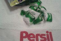 Capsule Persil Power - Mix / Un nou concept lansat de Persil, noile capsule Persil Power - Mix si anume jumatate capsula detergent lichid si cealaltă jumatate detergent pulbere .