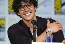 Bob Morley / I hate you when you hate him.
