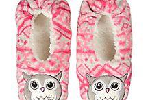 papucei de casa , pijamale