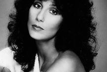 Cher (20.5. 1946) býk
