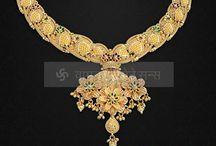 Gold Jewelry / Ideas for jewelry fir wedding n functions celebration #Wedding #jewellery #Fashion #idea #party #Diamond #bridal #indian #indianbridal #goldjewellry