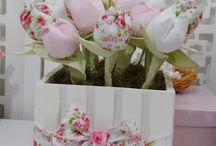 Adorno c tulipanes