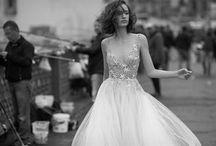 LIZ MARTINEZ 2019 ליז מרטינז / קולקציית שמלות כלה 2019 של המעצבת ליז מרטינז טלפון: 072-2160383
