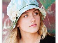 Hats, scarves, gloves... / Accessori moda