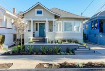 Craftsman Style Homes / The beautiful Craftsman Style that characterizes Chicago's suburbs.   (Note: these images are not all from this area.)