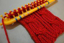 cuello trenzado con telar