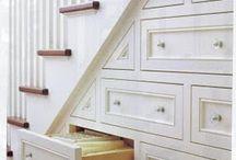 Lépcsőszekrény