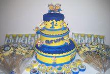Bolo minios / Esse bolo foi confeccionado para o aniversario de 1 ano do Gustavo Martins feito por mim.