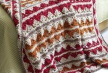 crochet pillows - blankets
