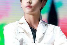 Kim TaeV