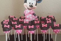 Mini mouse cakepops