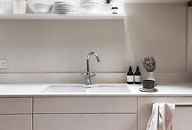 SINK STYLE / Complete the look and style any sink with a deep brown glass bottle of wash and lotion. Fresh, nourishing and moisturising and perfect for you and the whole family.