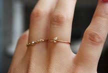 Jewellery / by Caroline Camm