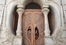 piękne drzwi i okna