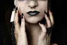 Halloween und Karneval Inspirationen / Schöne Make Ups, Facepaints und Inspirationen für Halloween