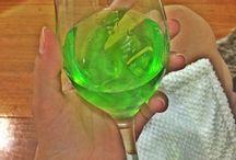 """Como preparar o Absinto? / Como preparar o Absinto? Conheçam a bebida chamada de """"Fada Verde"""", sua história e seus segredos exóticos!!! http://www.camilazivit.com.br/como-preparar-o-absinto/"""