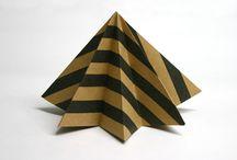 Ukrasi kakve ti želiš - Drvce / Nakon što umotaš poklon, nemoj baciti ukrasni papir. Mogao bi se pretvoriti u sjajan ukras za božićno drvce. Jedva čekamo vidjeti prve ideje. :) / by IKEA Hrvatska