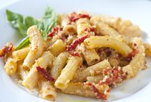 Pasta Dishes / by Angie Markham