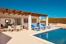 Algarve villas with mountain view