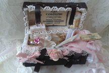 shabby dollhouse miniature
