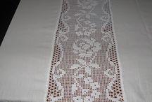 Entremeios de toalhas de mesa em croche