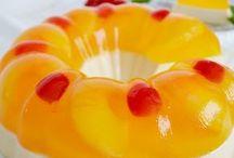 Gelatina de piña con queso crema
