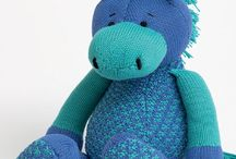 Hobbies and crafts / Knitted horse