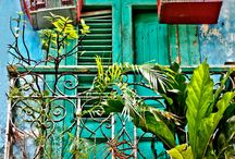"""Cuba """" Vie d'aujourd'hui et d'hier """" / Vie et monuments de Cuba."""