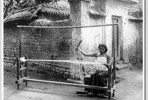 Threads of History / Historical pictures of Indonesian weavers